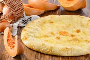 Осетинский пирог с сыром и тыквой